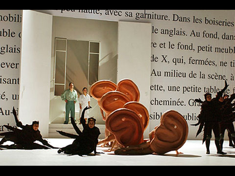 A FLEA IN HER EAR, Théâtre National de la Colline et TNB Rennes, 2003